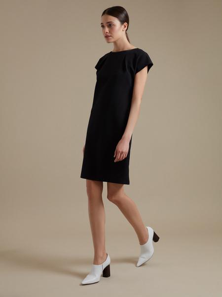 Приталенное платье-мини - фото 4