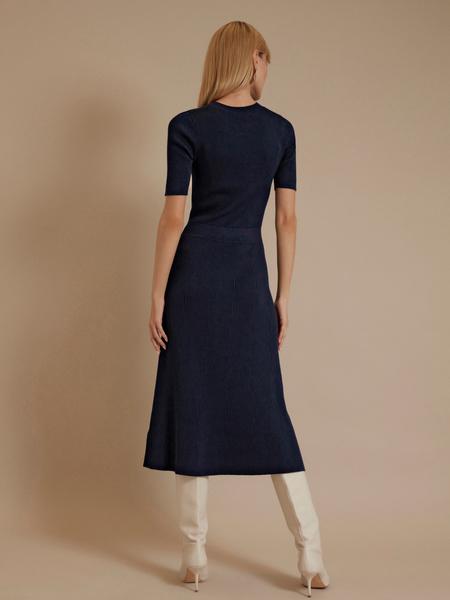 Трикотажное платье-миди - фото 4