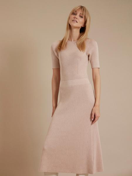 Трикотажное платье-миди