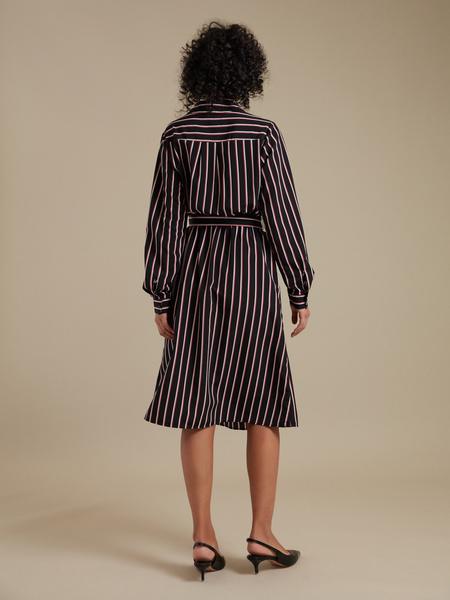 Платье-рубашка с карманами - фото 5