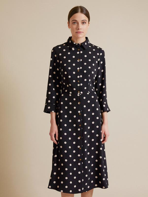 Приталенное платье-рубашка - фото 4