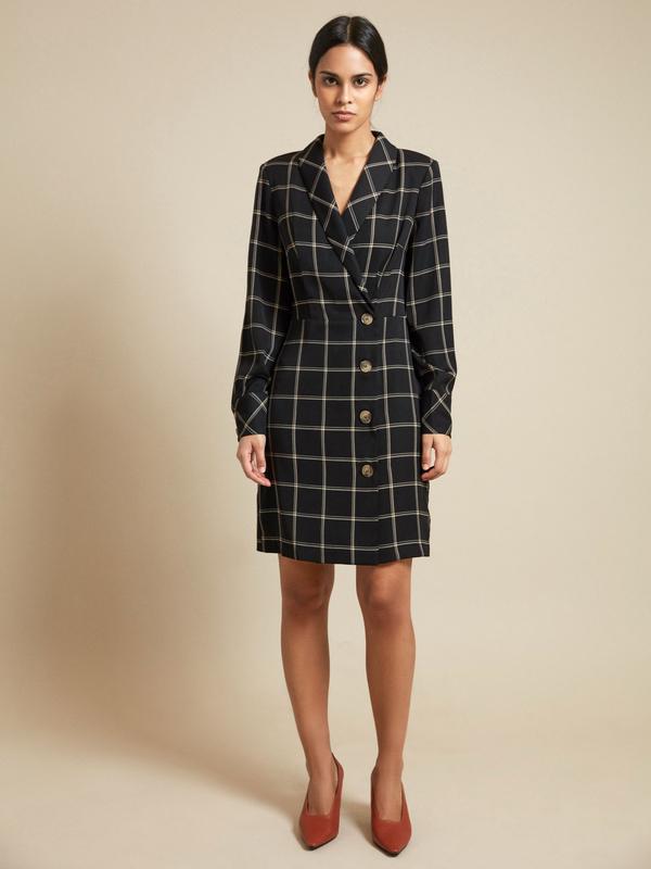 Платье-пиджак с пуговицами - фото 2