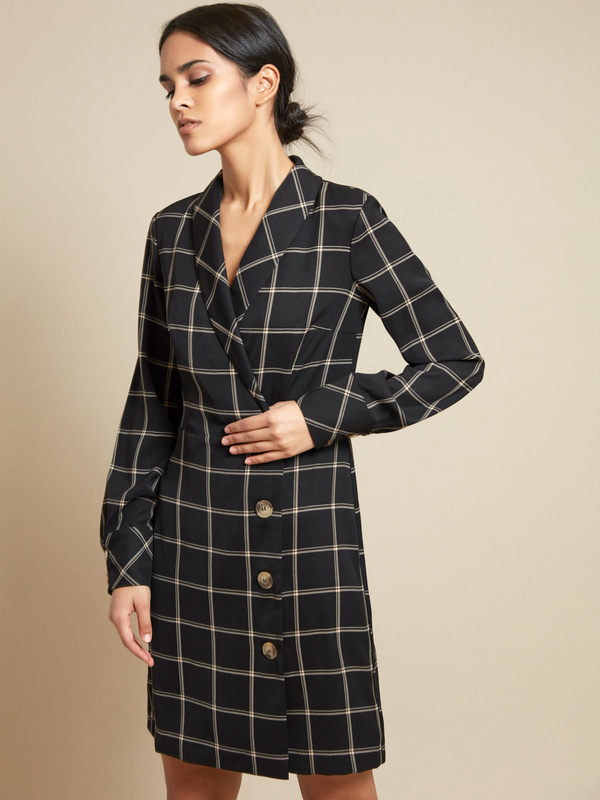 Платье-пиджак с пуговицами - фото 3