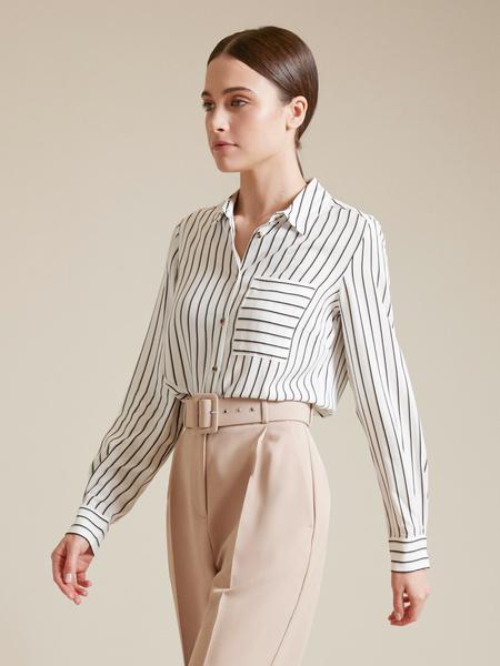 Блузка с накладным карманом - фото 1