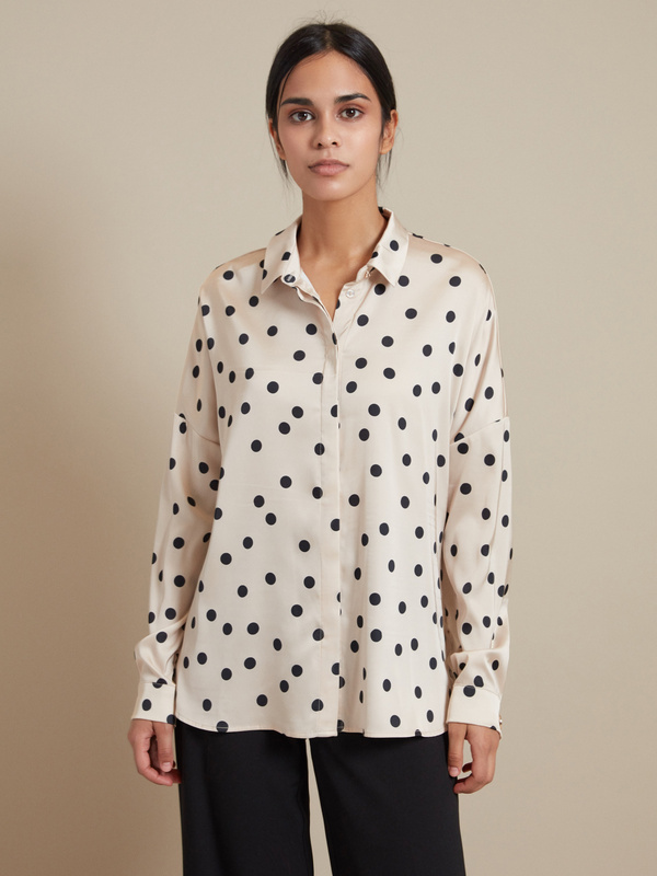 Атласная блузка с асимметричным низом - фото 2