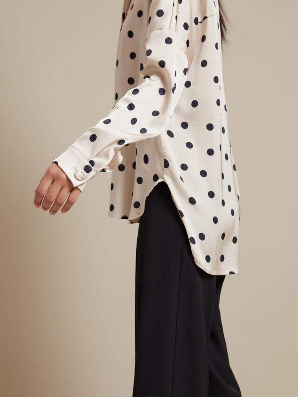Атласная блузка с асимметричным низом - фото 3