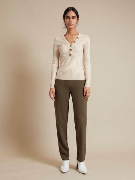 Прямые брюки с эластичным поясом