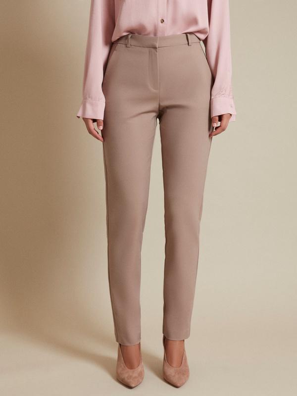 Прямые брюки с врезными карманами