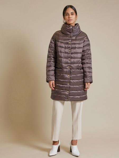Стеганое пальто с воротником стойка - фото 4