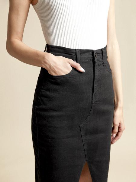 Джинсовая юбка с разрезом - фото 3