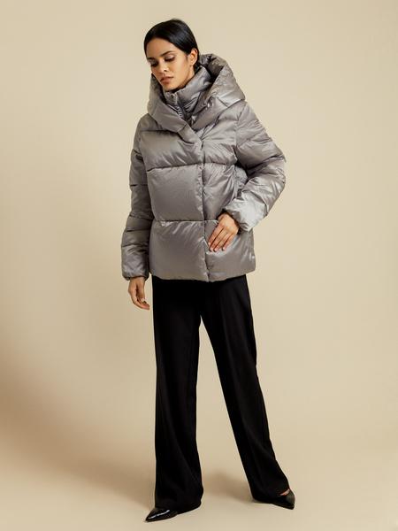 Атласная куртка с капюшоном - фото 6