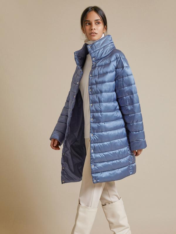 Стеганое пальто с воротником стойка - фото 1