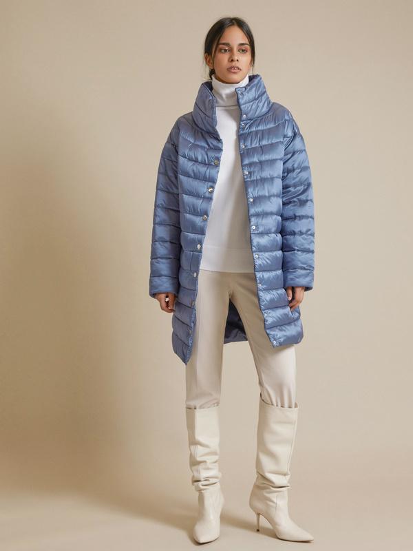 Стеганое пальто с воротником стойка - фото 5