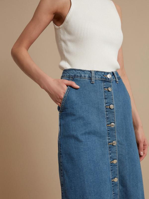 Юбка-миди джинсовая на пуговицах - фото 4