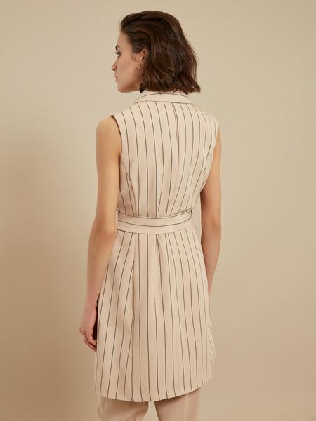 Платье-жилет с поясом и карманами - фото 6