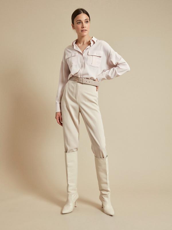 Блузка с накладными карманами - фото 1