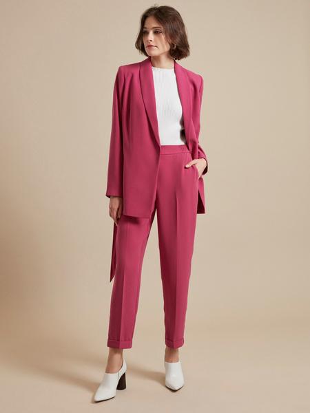 Зауженные брюки с эластичным ремнем - фото 6
