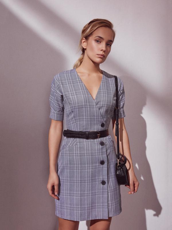 Платье-мини с рукавами фонариками