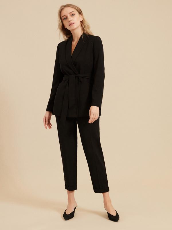 Зауженные брюки с эластичным ремнем
