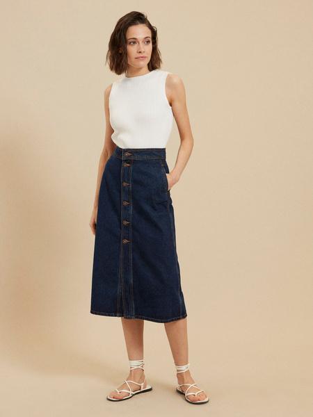 Джинсовая юбка-миди на пуговицах
