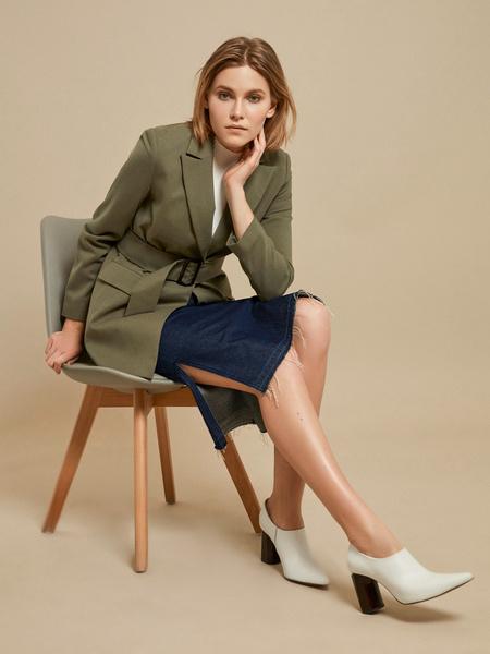 Джинсовая юбка-миди с разрезами - фото 5