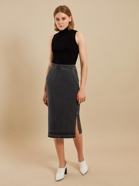 Джинсовая юбка-миди с разрезами - фото 1