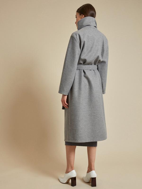 Пальто на запах с поясом - фото 5