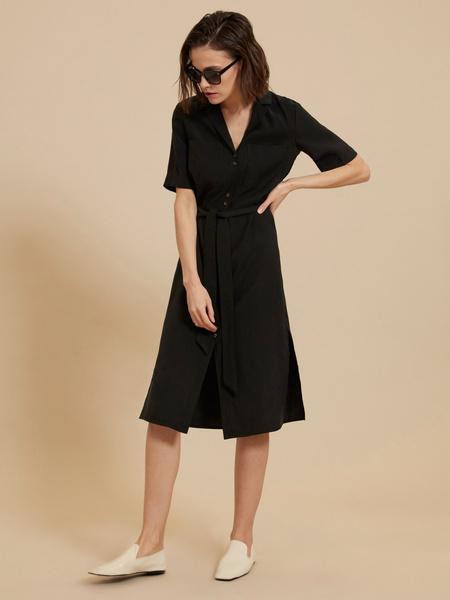 Платье-рубашка с поясом - фото 5
