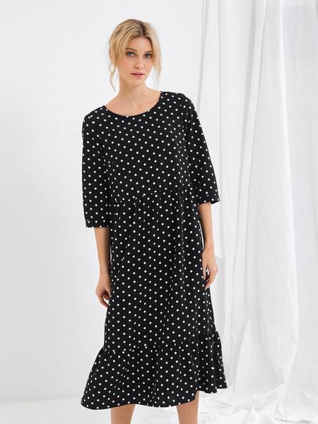 Платье-миди с воланом внизу - фото 1