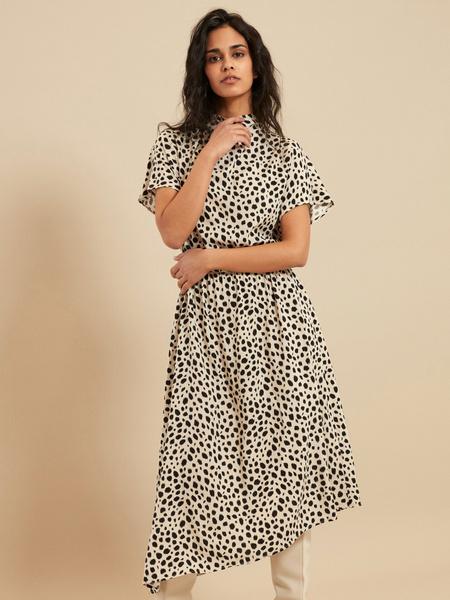 Платье-миди с эластичным поясом - фото 1