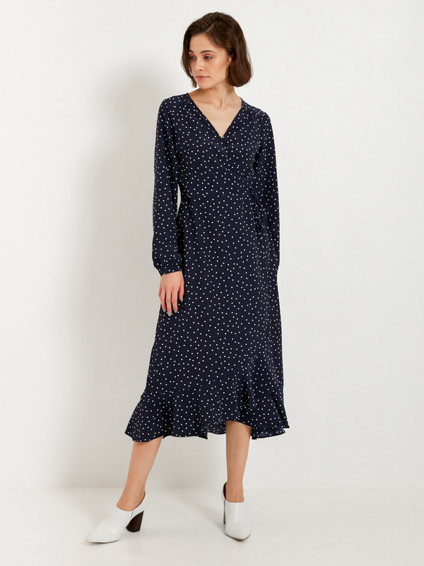 Платье-миди с воланом внизу