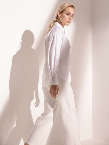Блузка с широкими рукавами - фото 4