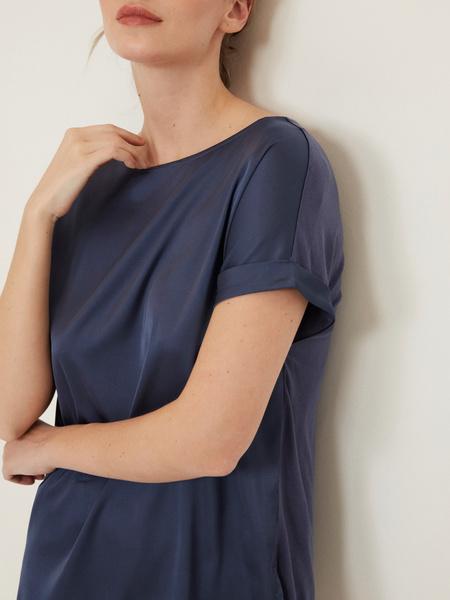 Блузка с подворотами на рукавах - фото 2