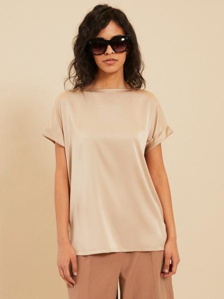 Блузка с подворотами на рукавах - фото 1