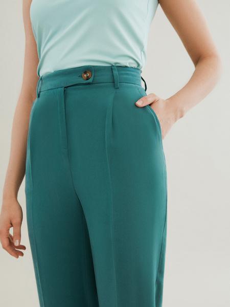 Прямые брюки с карманами - фото 3