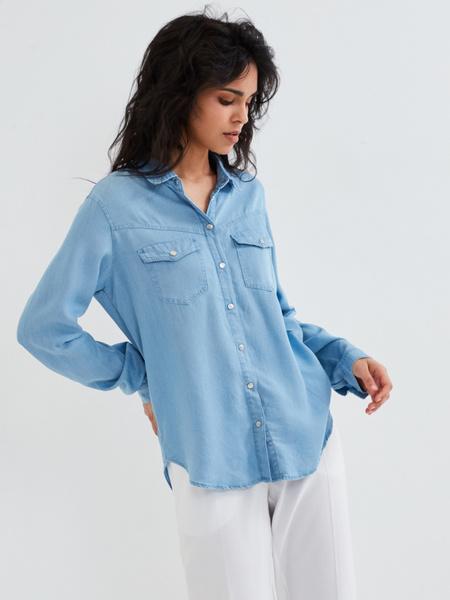 Джиновая рубашка с накладными карманами