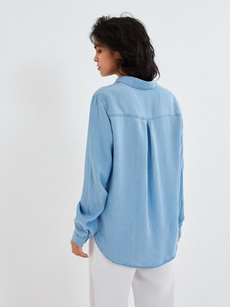 Джиновая рубашка с накладными карманами - фото 6