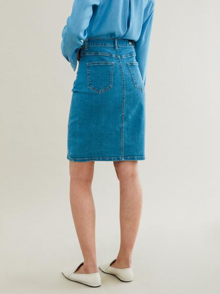 Зауженная джинсовая юбка - фото 4