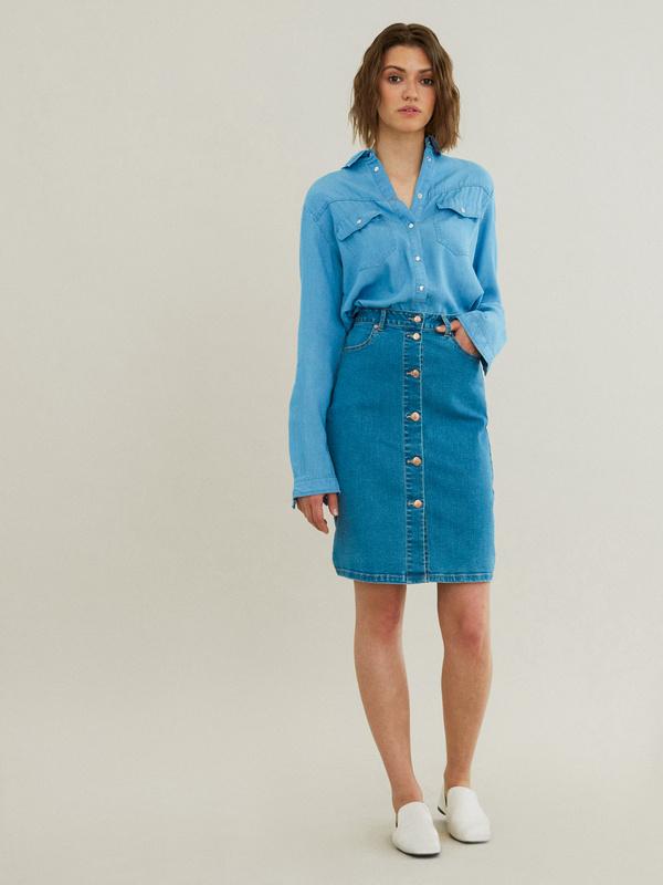 Зауженная джинсовая юбка