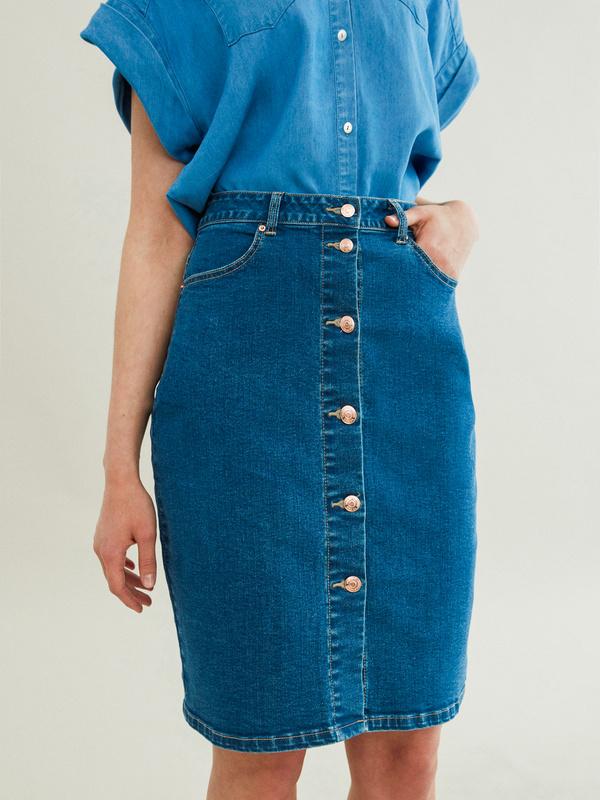 Зауженная джинсовая юбка - фото 3