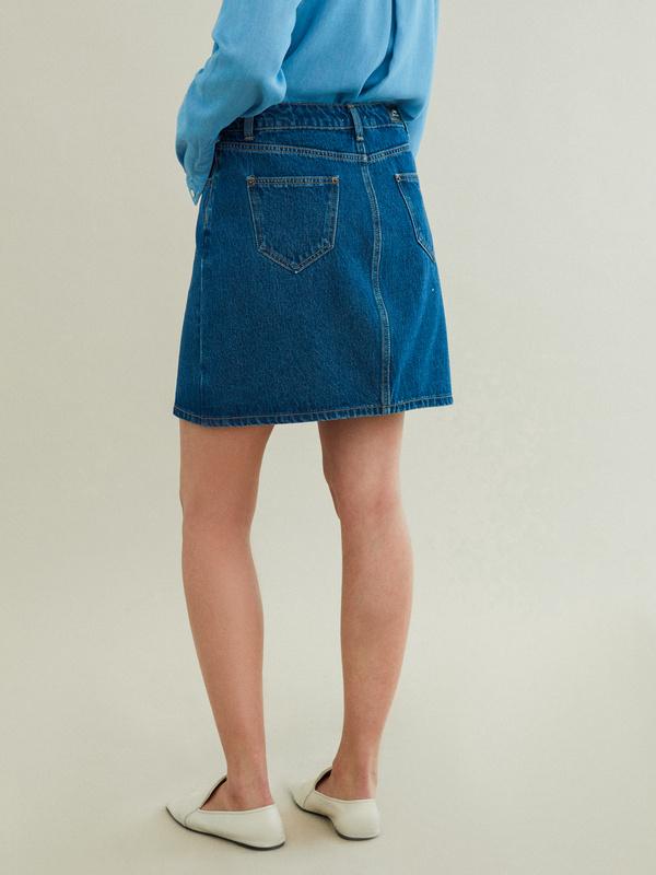 Джинсовая мини-юбка - фото 4