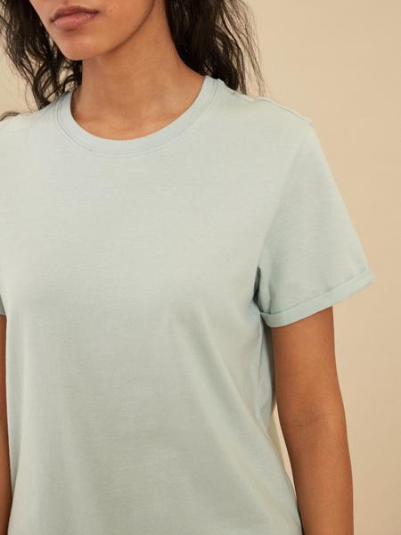 Повседневная хлопковая футболка - фото 4