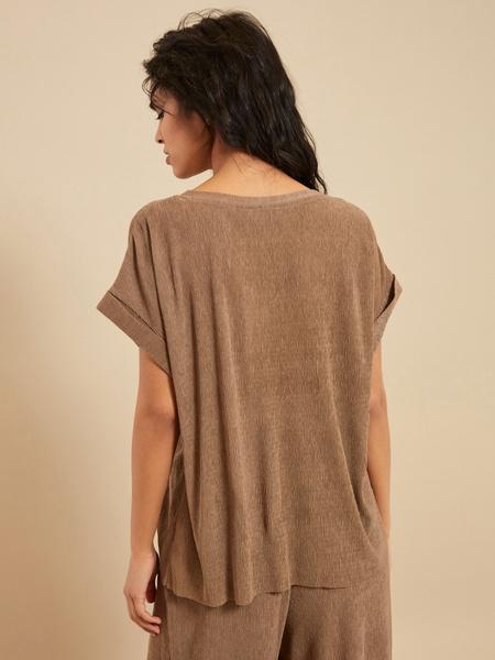 Блузка с подвернутыми рукавами - фото 4