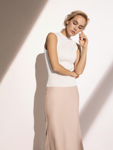 Блузка в рубчик с открытыми плечами - фото 4