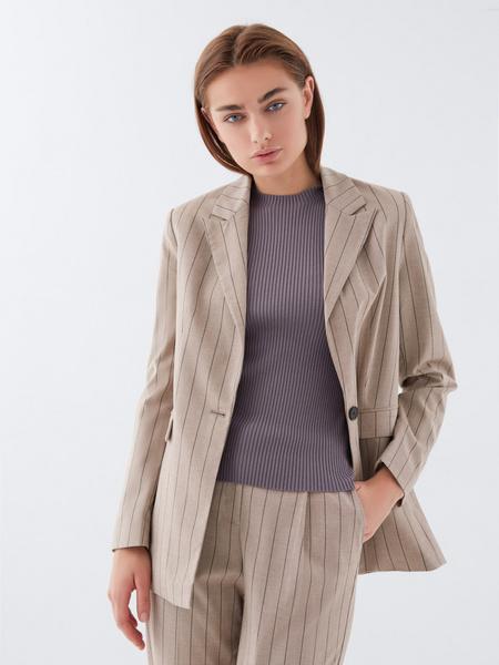Блузка в рубчик с открытыми плечами - фото 7