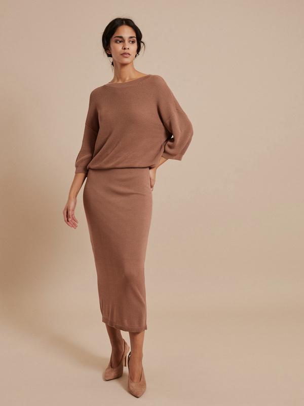 Зауженная трикотажная юбка - фото 4