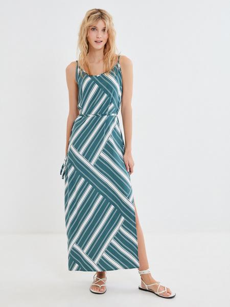 Длинное платье с разрезом - фото 1