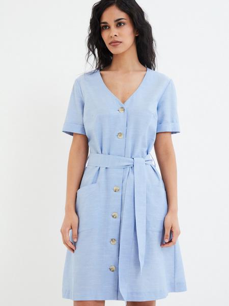 Платье-рубашка с карманами - фото 1