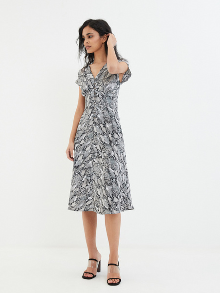 Платье на пуговицах - фото 7