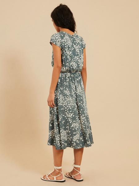 Платье с завязкой по горловине - фото 5